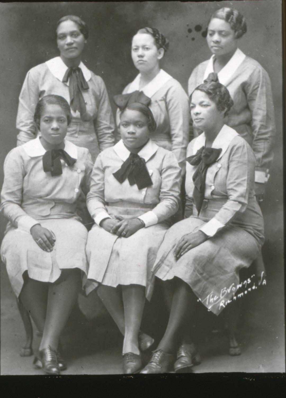 Waits_4g_Group-of-early-Black-PH-nurses-employed-in-1929-under-Rosenwald-Foundation.jpg